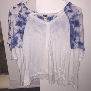 Blue and white top